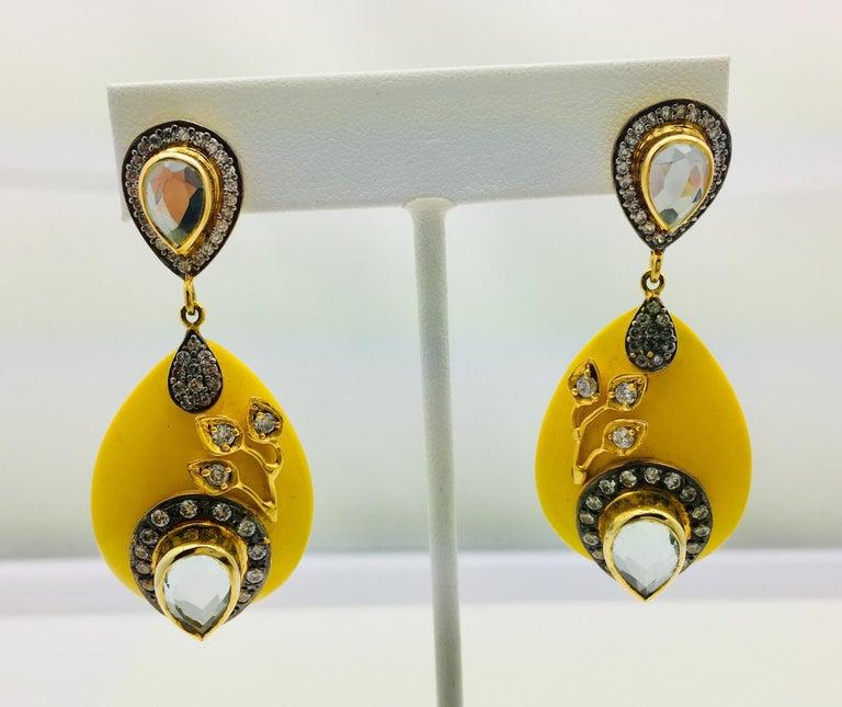 Meghna Juwelen Handgemachte Harz Gelbe Blätter Ohrringe  4