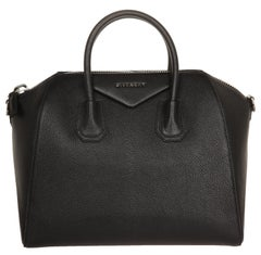Givenchy Leather Antigona Medium black bag GIV220