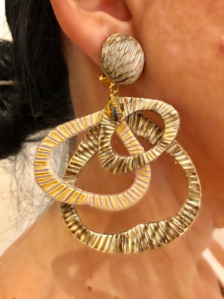 Contemporary Architectural Taupe Leaf-like Statement Earrings  For Sale 2