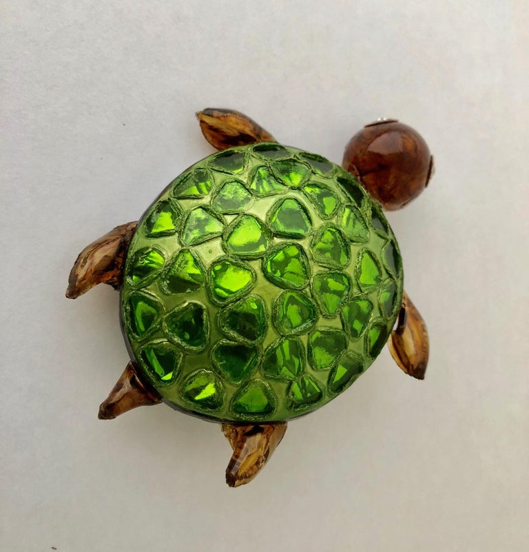 Cilea Paris Large Turtle Pin In New Condition For Sale In Palm Springs, CA
