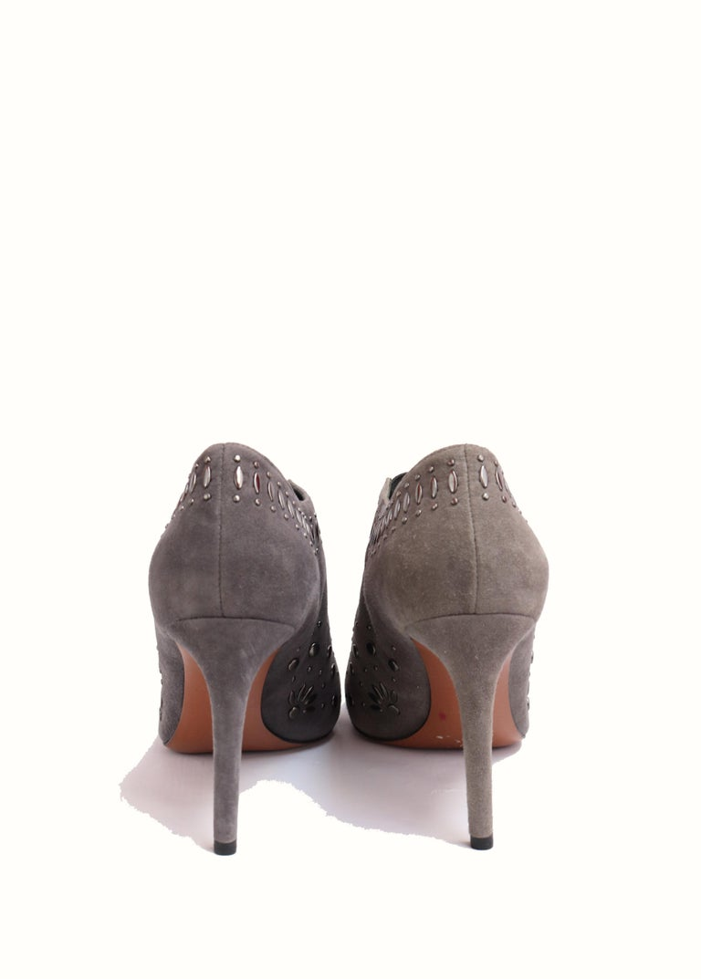 Gray ALAIA  Grey Suede Studded Booties Size 39 For Sale