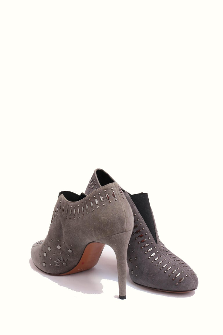 ALAIA  Grey Suede Studded Booties Size 39 For Sale 1