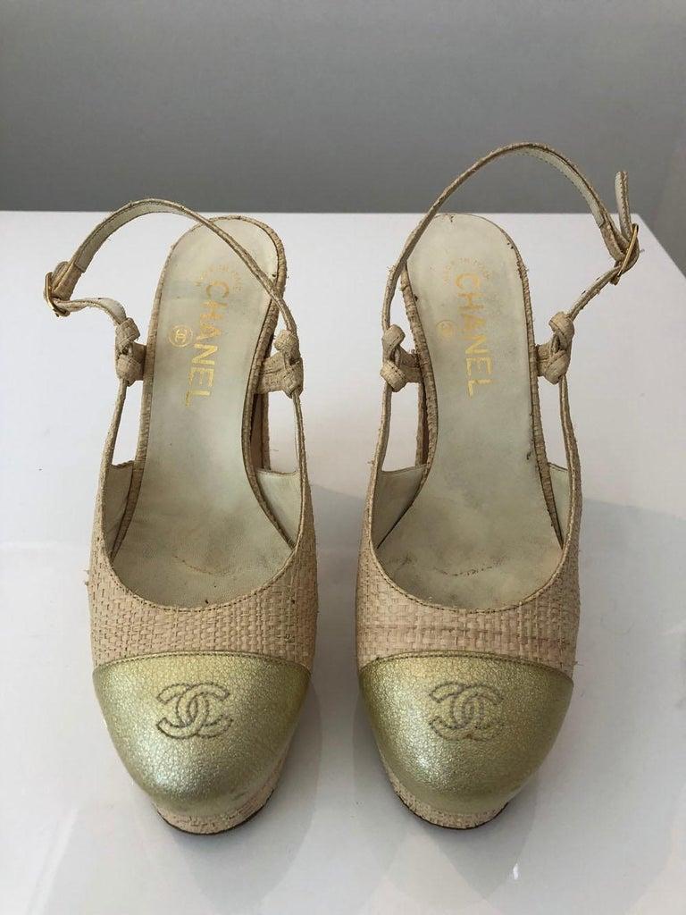 Women's Chanel Tan Raffia Patent Leather For Sale