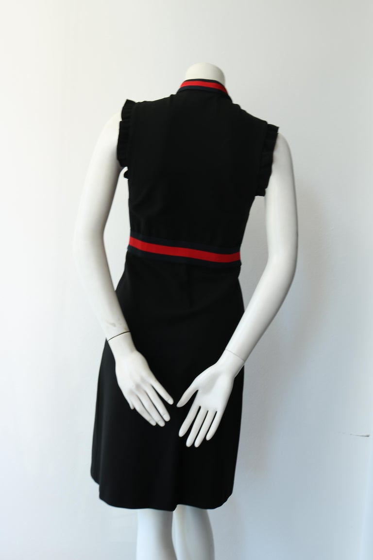 Gucci Jersey dress with Web trim In Excellent Condition For Sale In Los Angeles, CA