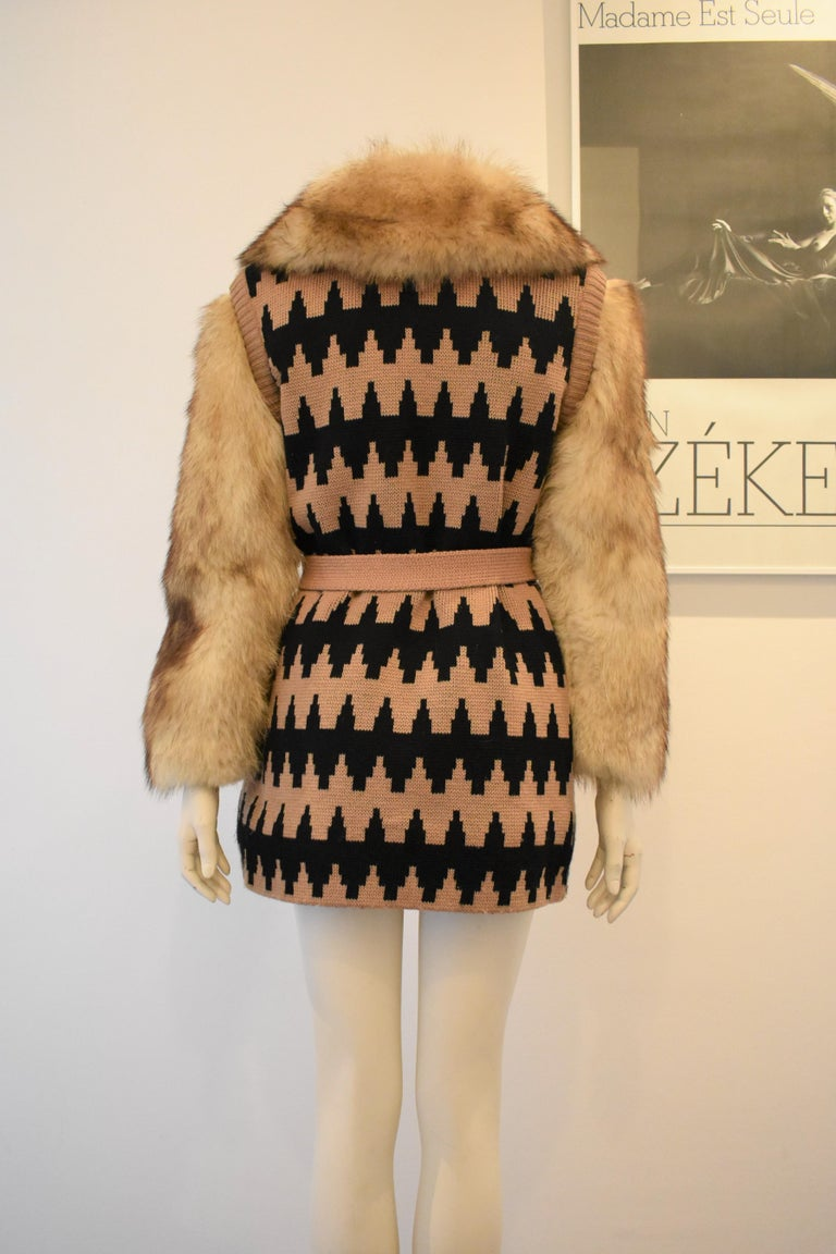 Vintage Lanvin Fur and Knitted Coat with Fox Sleeves and Collar, Mink Lining In Excellent Condition For Sale In Amsterdam, NL