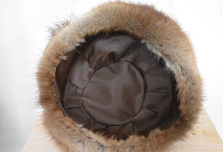 Vintage 1960s Fur Hat with Feather  For Sale 3