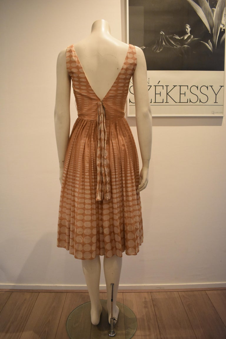 Vintage 1950s Batiste Handmade Dress with a Flowy Pleated Skirt For Sale 2