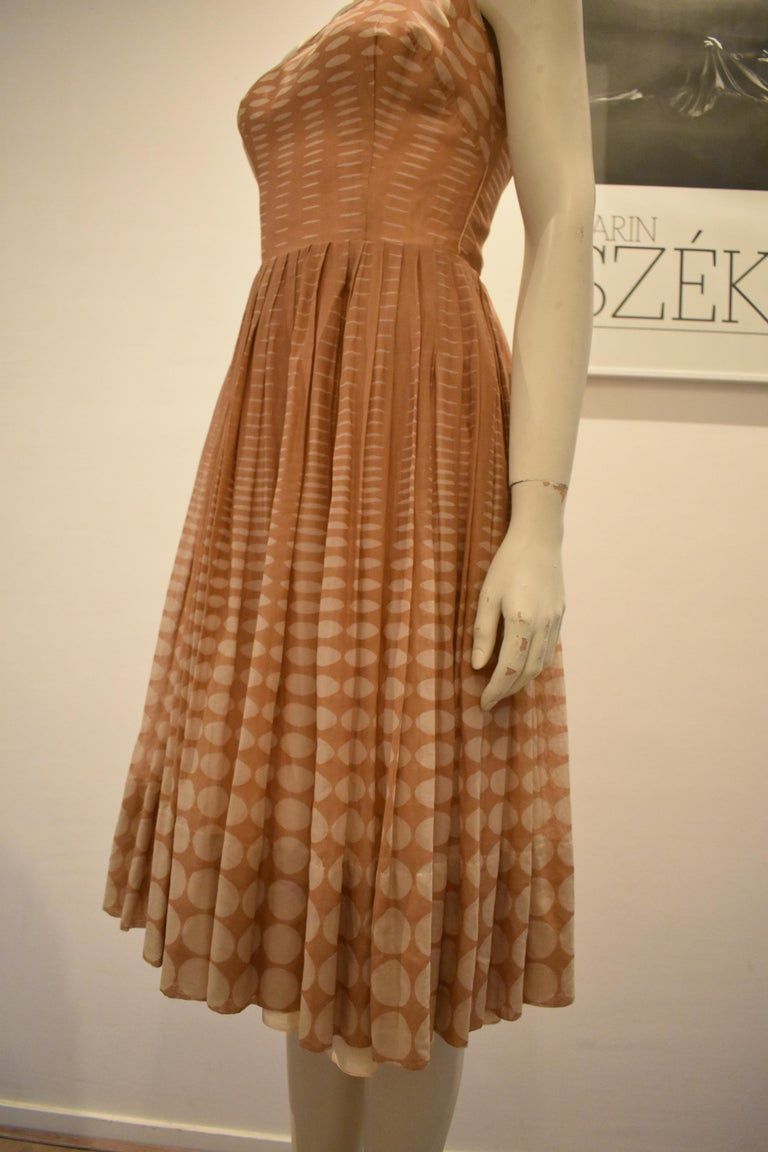 Vintage 1950s Batiste Handmade Dress with a Flowy Pleated Skirt For Sale 1