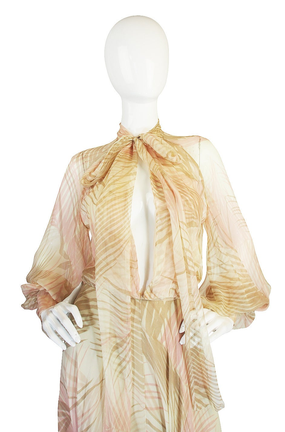 S/S 1974 Christian Dior Haute Couture Silk Gown For Sale 2