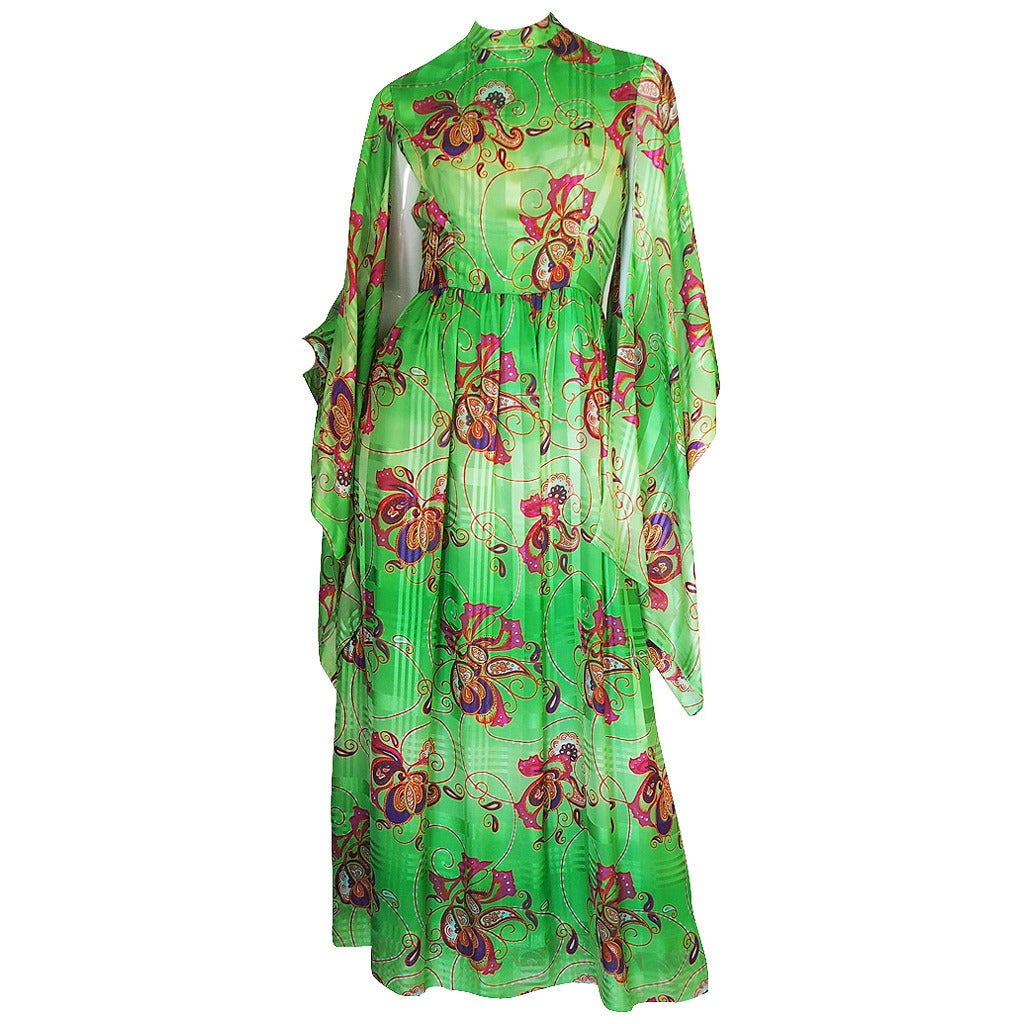 1970s Mollie Parnis Angel Kimono Sleeve Green Silk Dress For Sale