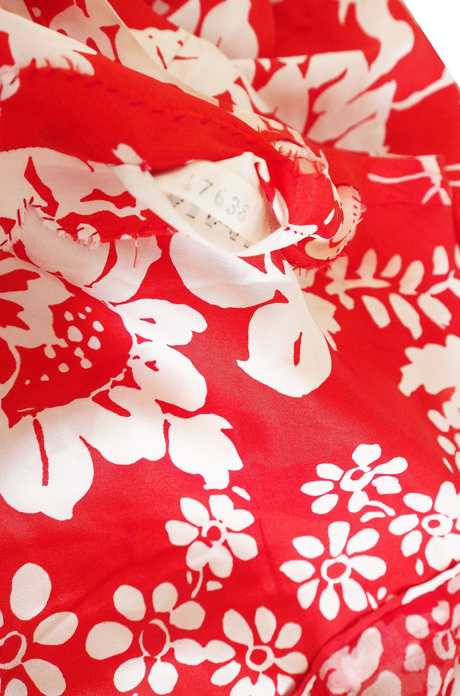 1973 Haute Couture Chanel Red Print Silk Dress 9