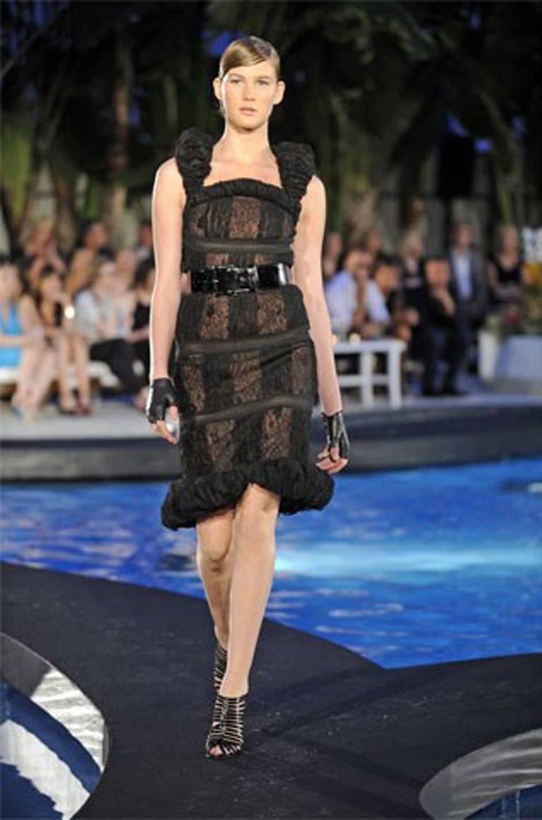 Chanel Resort Runway Elaborate Black Lace Dress, 2009  For Sale 5