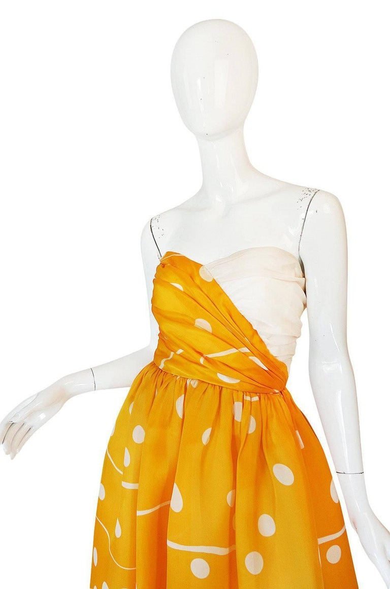 Women's Documented 1985 Bill Blass Dotted Strapless Yellow Silk Dress For Sale