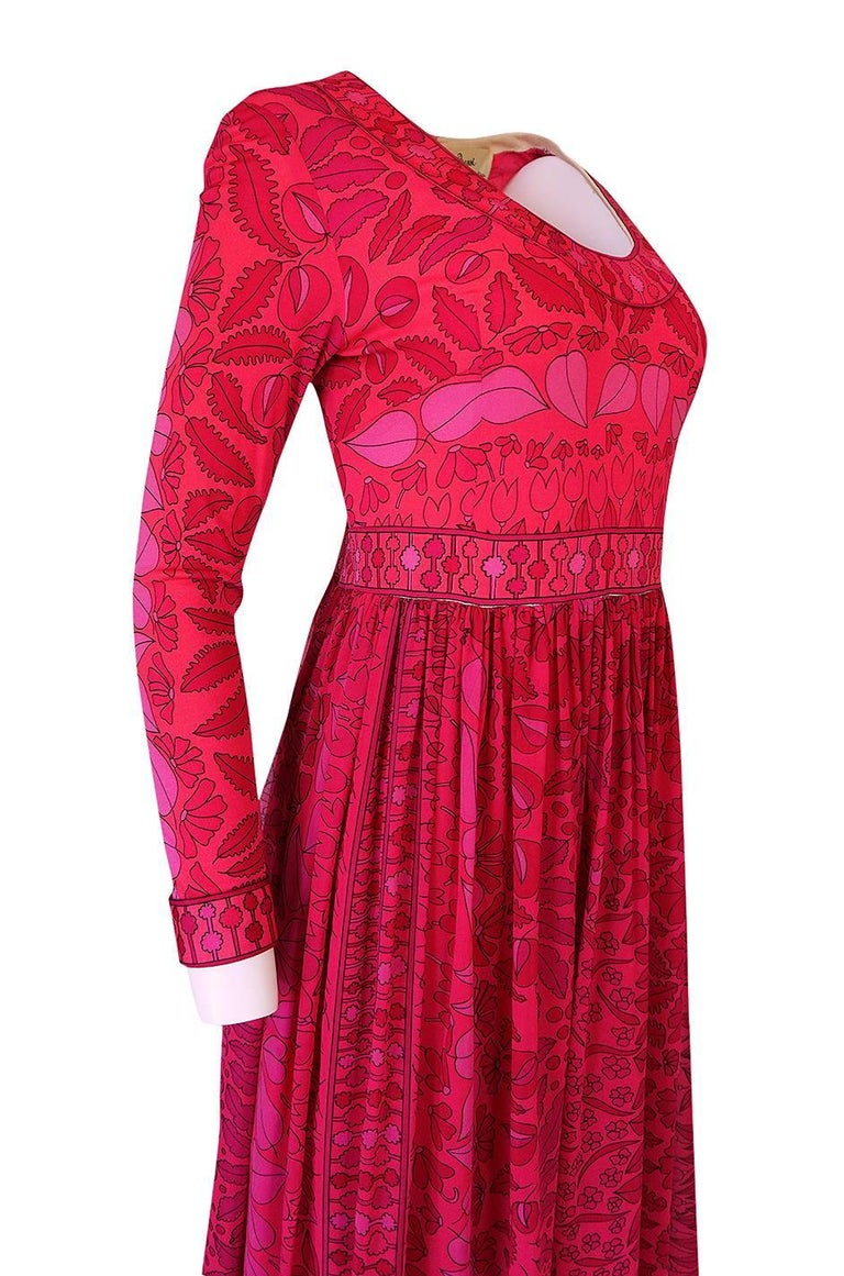 1960s Bessi Silk Jersey and Silk Chiffon Pink and Red Print Dress For Sale 3