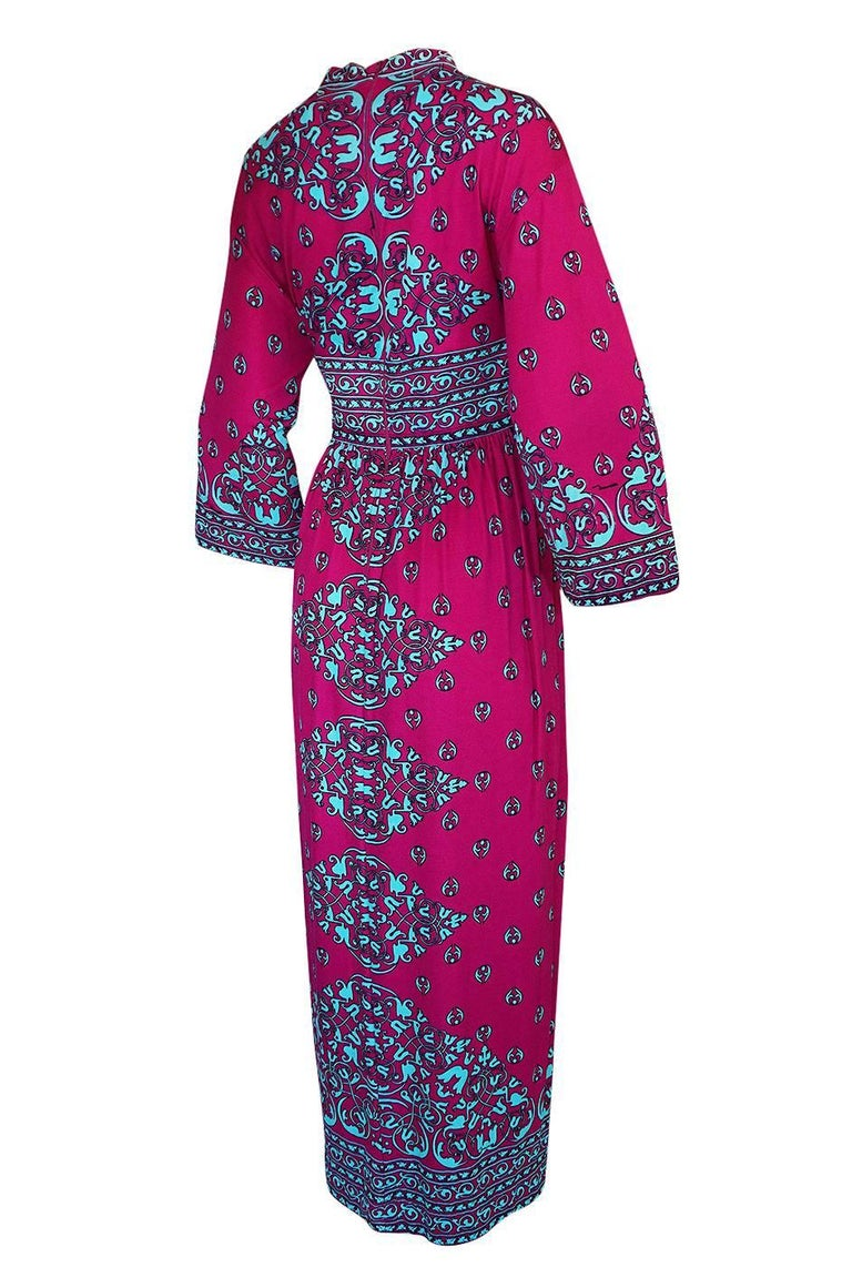 I have had this same dress in a black and yellow color combination in the past and this one has even more impact I think. This printed dress is by the Maurice label, a company who was a contemporary of labels like Pucci and Leonard in the seventies.