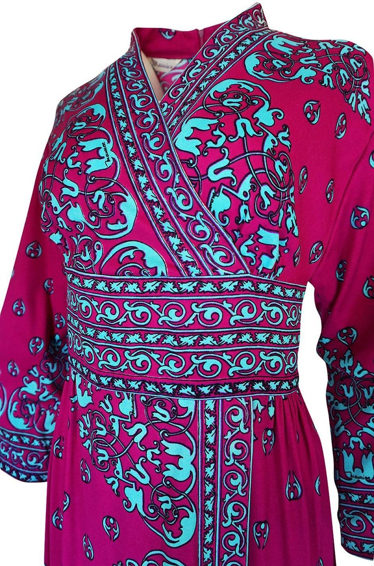1970s Maurice Vivid Pink and Turquoise Jersey Caftan Dress For Sale 4