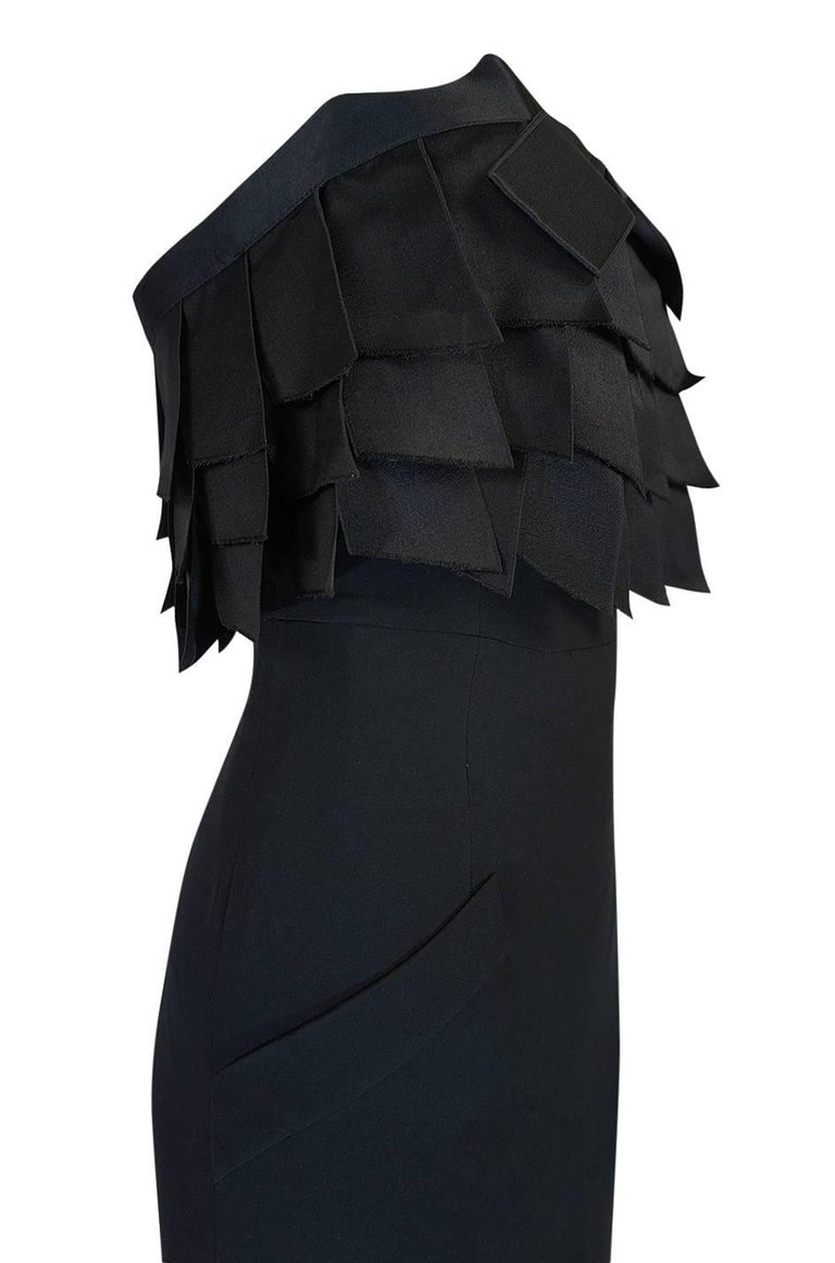s/s 1987 Chanel Fitted Strapless Dress w Layered Silk Ribbon Detail In Excellent Condition For Sale In Rockwood, ON