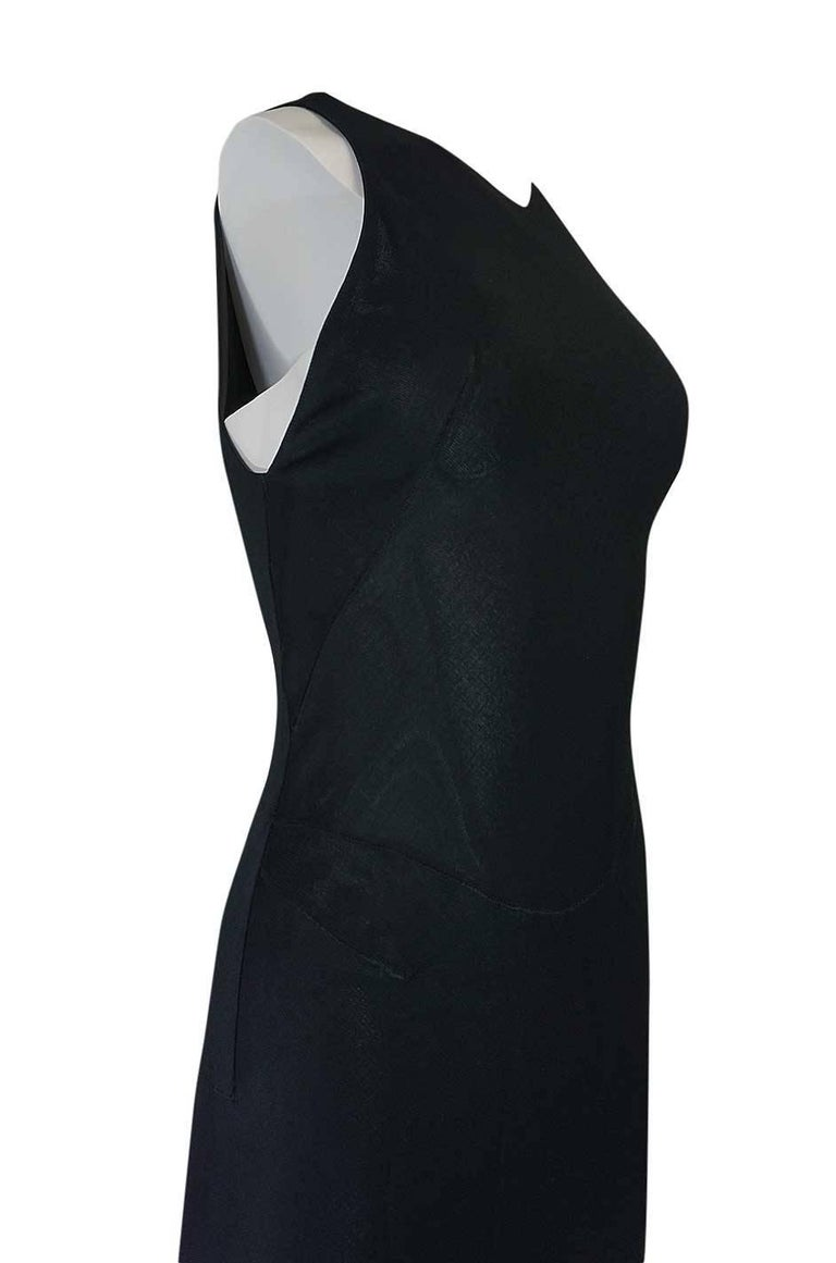 Women's Documented F/W 2001 Azzedine Alaia Couture Runway Dress For Sale