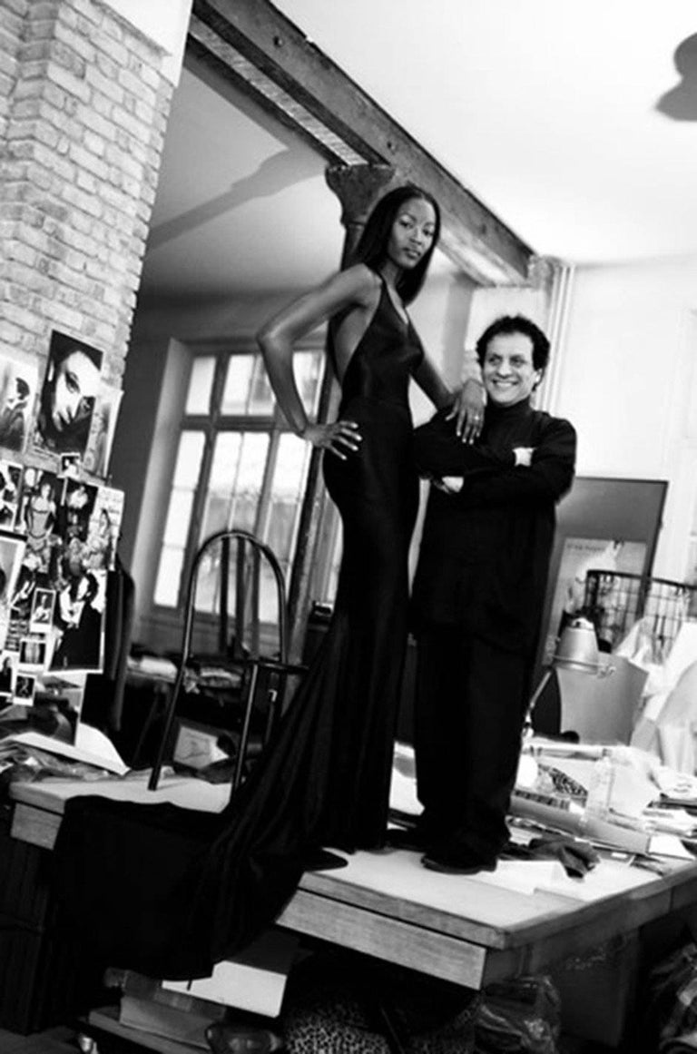 Documented F/W 2001 Azzedine Alaia Couture Runway Dress For Sale 4