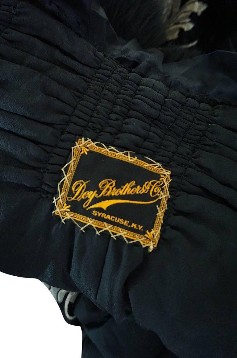 Extraordinary 1920s Evening Velvet & Feather Flapper Coat Cape For Sale 5