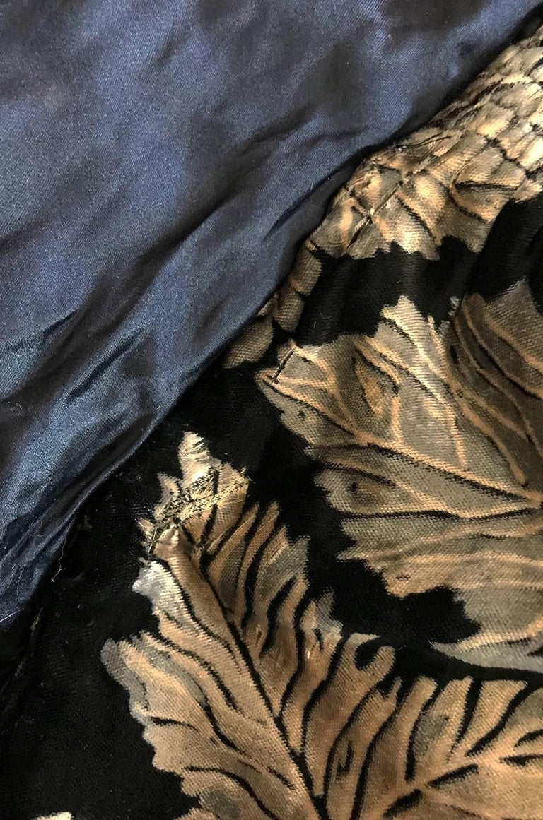 Extraordinary 1920s Evening Velvet & Feather Flapper Coat Cape For Sale 4