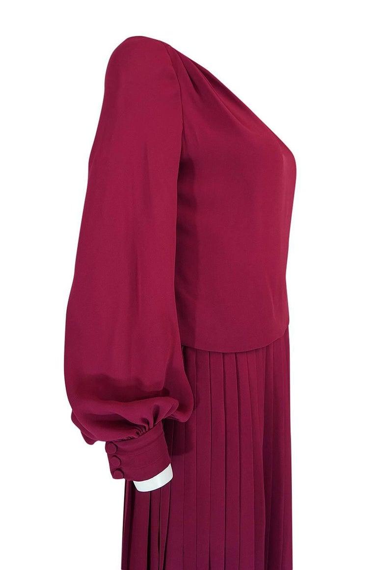 1970s Pierre Balmain Haute Couture Deep Red Silk Pleat Dress For Sale 3