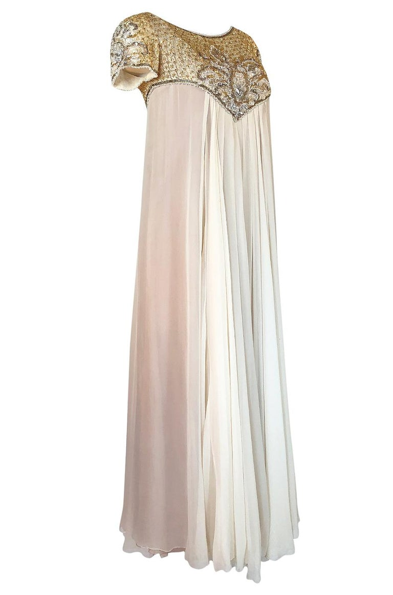 c.1958-1965 Helen Rose Hand Beaded Ivory Silk Chiffon & Gold Dress In Excellent Condition For Sale In Rockwood, ON