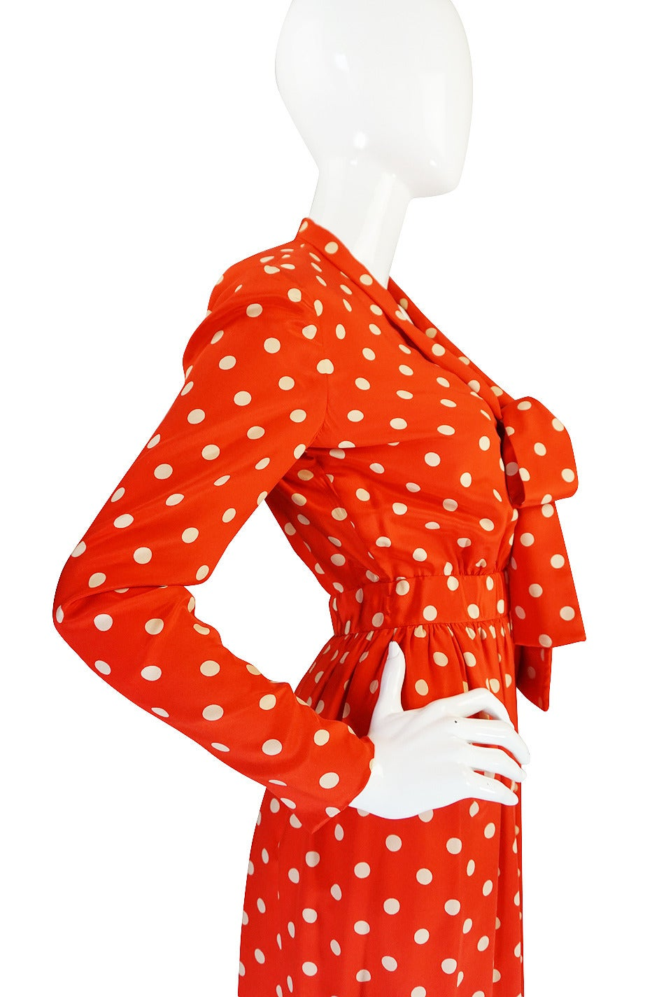 c1972-76 Norell Tassell Dotted Red Maxi Dress In Excellent Condition For Sale In Toronto, CA