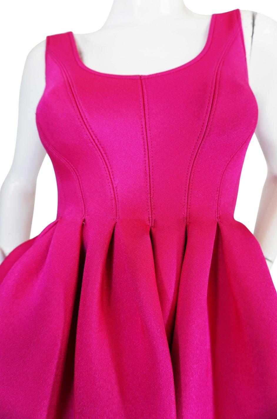 F/W 1994 Donna Karan Museum Held Neoprene Mini Dress 4