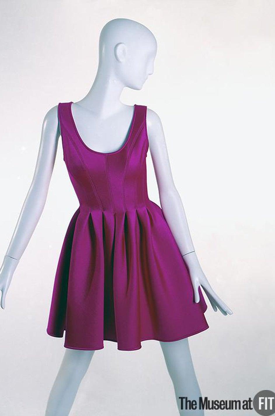 F/W 1994 Donna Karan Museum Held Neoprene Mini Dress 9