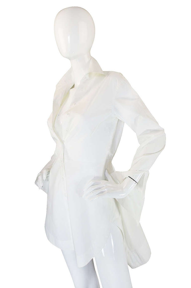 Recent azzedine alaia crisp white cotton top at 1stdibs for Crisp white cotton shirt