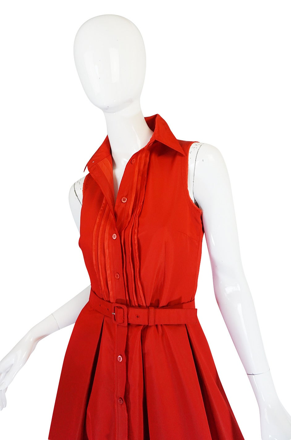 Women's 2000s Chic Prada Red Taffeta Button Front Day Dress For Sale
