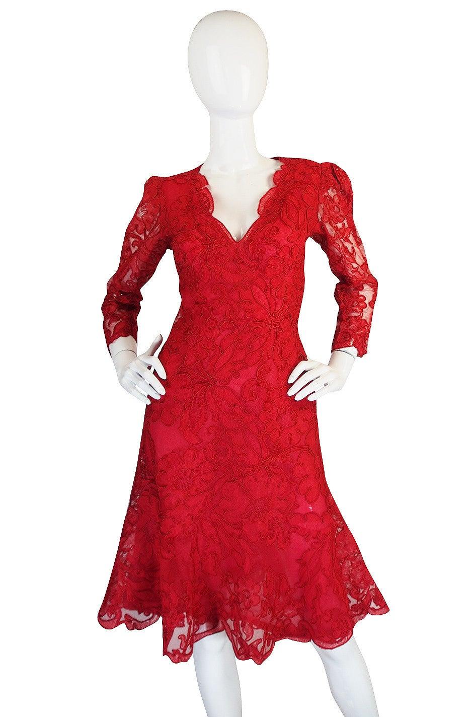 1983 Haute Couture Yves Saint Laurent Lace Dress 3