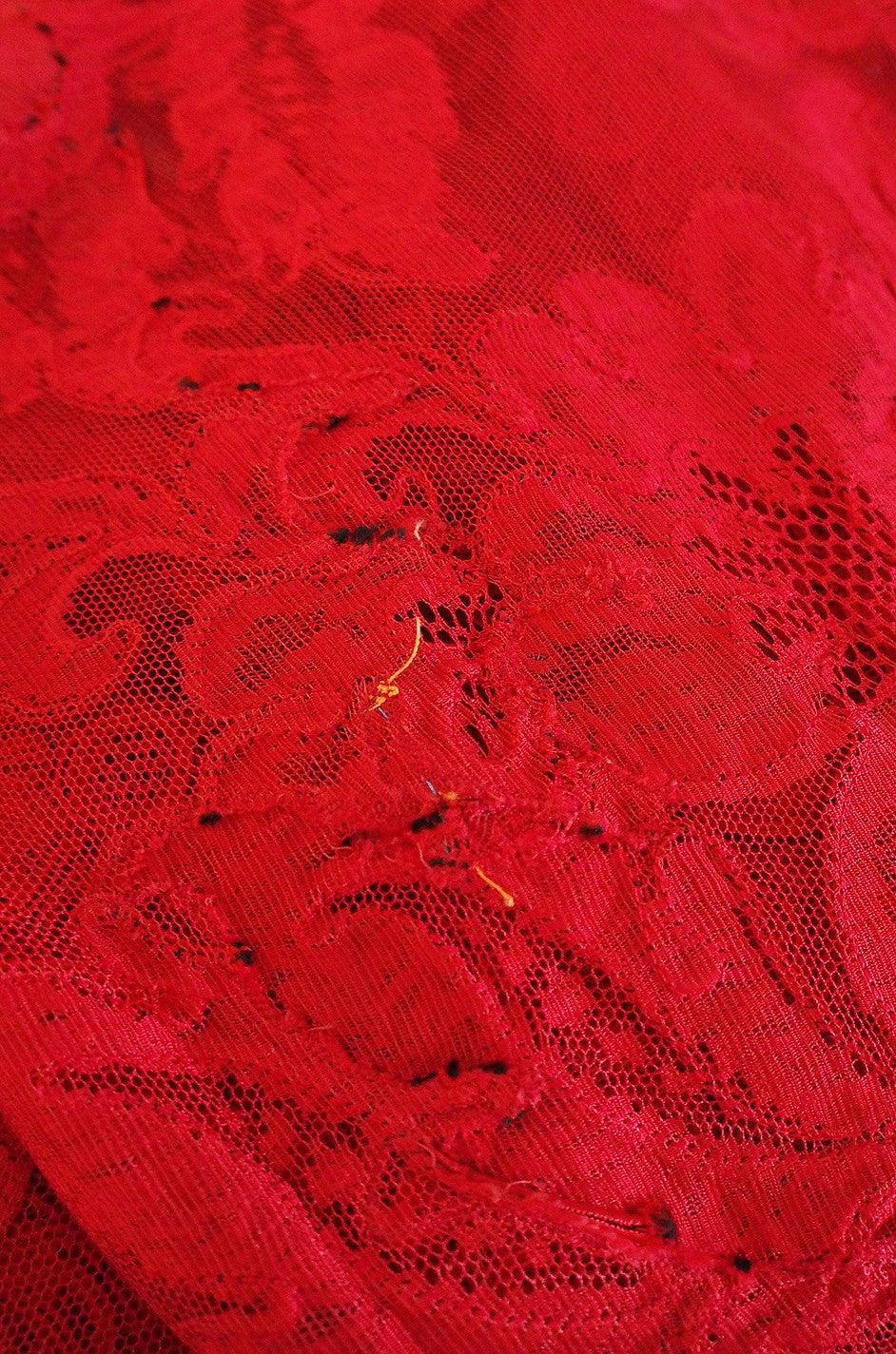 1983 Haute Couture Yves Saint Laurent Lace Dress 9