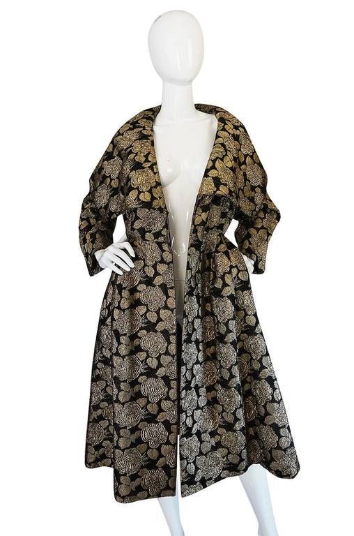 "1950s Rich Gold Thread Silk Brocade ""New Look"" Coat 5"