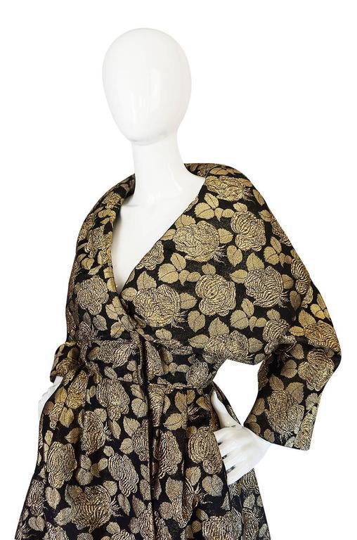 "1950s Rich Gold Thread Silk Brocade ""New Look"" Coat 4"
