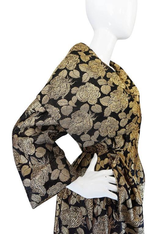 "1950s Rich Gold Thread Silk Brocade ""New Look"" Coat 8"