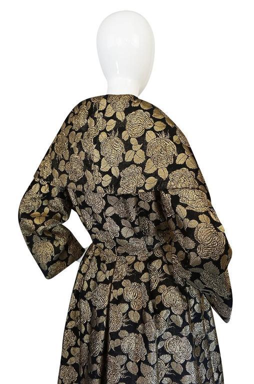 "1950s Rich Gold Thread Silk Brocade ""New Look"" Coat 9"