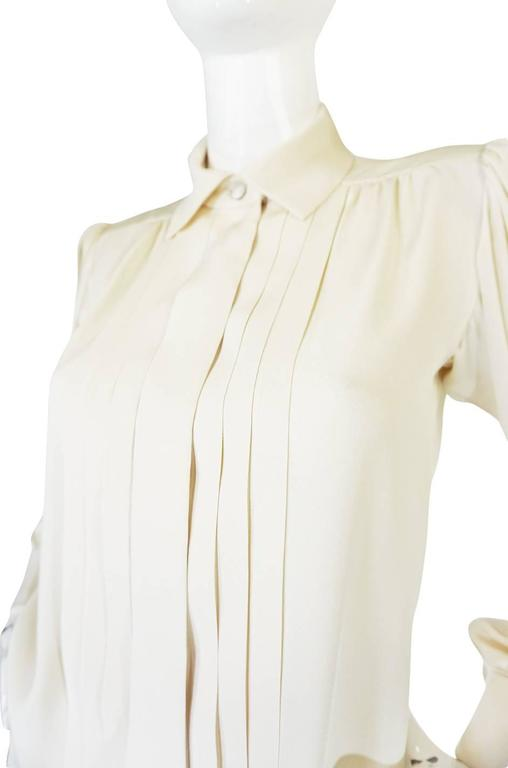 Women's c.1979 Haute Couture Cream Silk Yves Saint Laurent Top For Sale