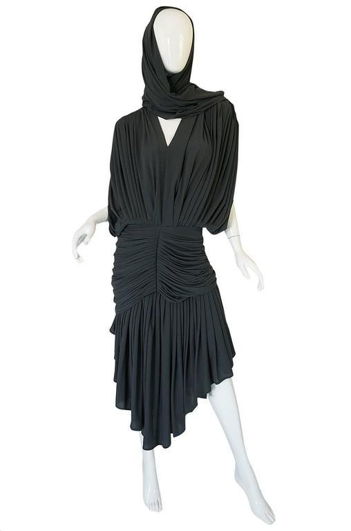 1980s Gray Norma Kamali Jersey Dress & Shawl Set 3