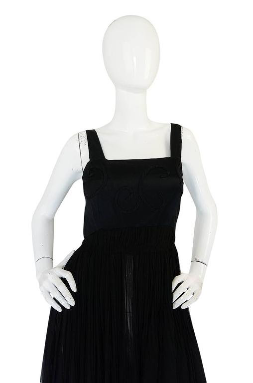 Rare c1955 Jean Patou Numbered Haute Couture Silk Dress In Excellent Condition For Sale In Toronto, ON