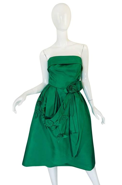 Women's 1950s Suzy Perette 3D Flower Applique Green Silk Dress For Sale