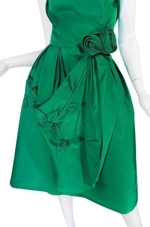 1950s Suzy Perette 3D Flower Applique Green Silk Dress For Sale 3