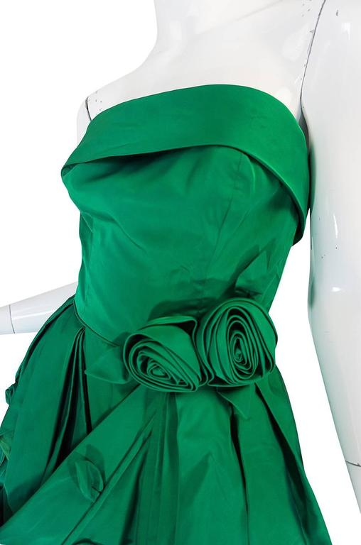 1950s Suzy Perette 3D Flower Applique Green Silk Dress For Sale 2
