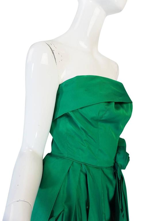 1950s Suzy Perette 3D Flower Applique Green Silk Dress For Sale 4