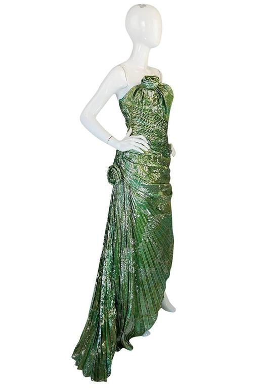 Incredible 1980s Green & Gold Silk Metallic Ungaro Dress In Excellent Condition For Sale In Toronto, ON