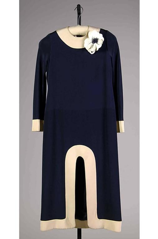1969-1970 Haute Couture Pierre Cardin Cut Out Dress 10