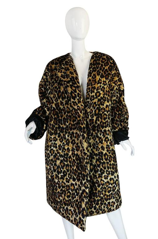 1980s Patrick Kelly Leopard Print Sleeping Blanket Coat In Excellent Condition For Sale In Toronto, ON
