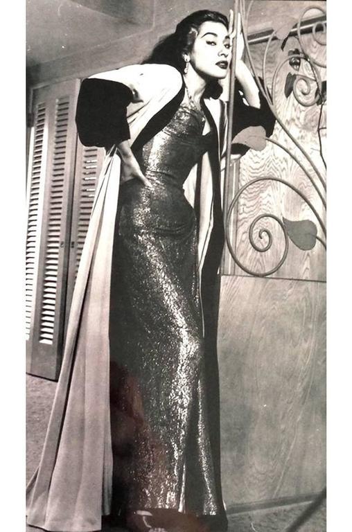 Documented 1950s Yma Sumac's Sophie Gimbel Silk Evening Coat Robe For Sale 3