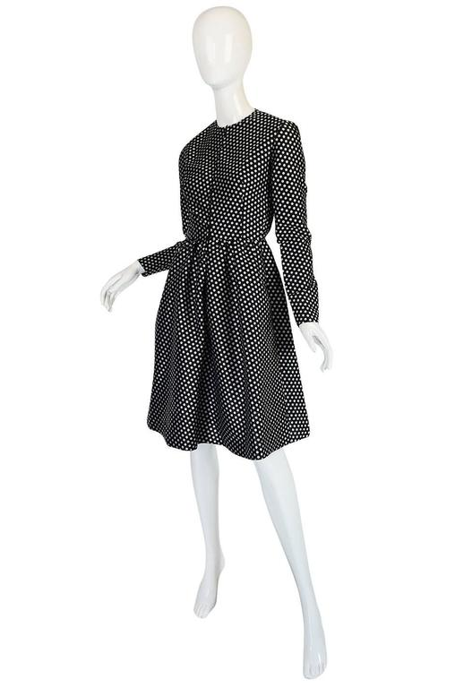c1972 Geoffrey Beene Silk Black & White Dot Dress In Excellent Condition For Sale In Toronto, CA